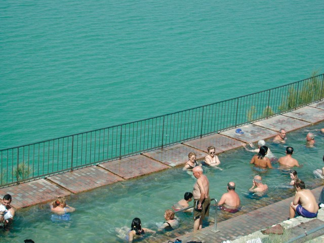 Swimming - Banos de zujar ...